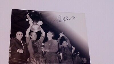 Football Legend Bobby Charlton Signed Photo Postcard • 35£