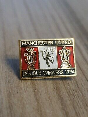 Vintage Late 1990s Manchester United Badge Man Utd MUFC Enamel Pin Badge A123  • 5.95£
