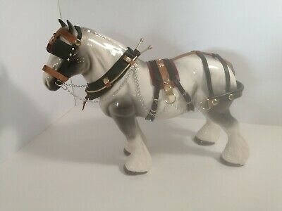 LARGE Unbranded White Shire Horse With Black Blend • 18£