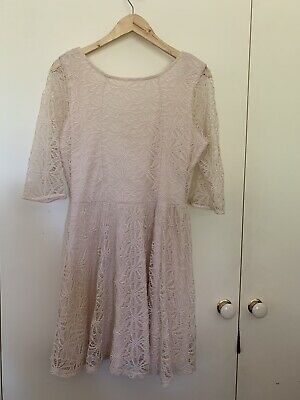 AU7 • Buy Pale Pink Lace Dress Size 14