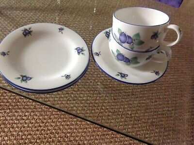Royal Doulton BLUEBERRY 2 X Cups, One Saucer , 2 Tea Plates • 10£