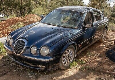 AU25 • Buy Jaguar S-Type 1999-02 4.0L V8 Wrecking