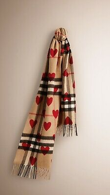 Burberry London Vintage Check Heart Cashmere Scarf - BNWT • 80£