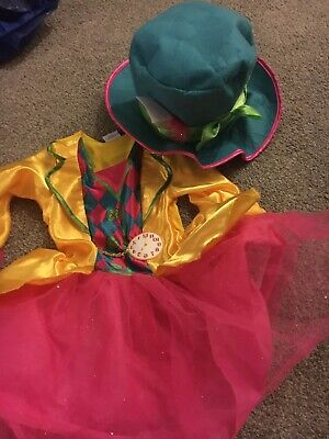 Girls Alice In Wonderland Costume 5-6 With Hat • 2.50£