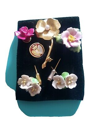 Old Porcelain Ear Rings Pin Brooches  • 5£