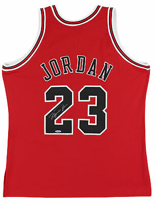 AU19374.83 • Buy Bulls Michael Jordan Signed Red M&N 1997-98 HWC Authentic Jersey UDA #BAH24863