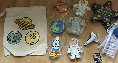 Space Gift Bundle Toy Workshop Wooden Figures Diecast Space Shuttle Glow Stars • 5.99£