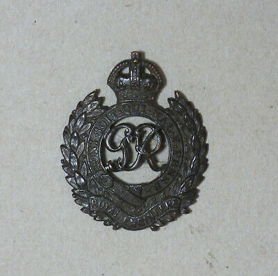 WWII Royal Engineers Officer's Bronze Cap Badge. • 12£