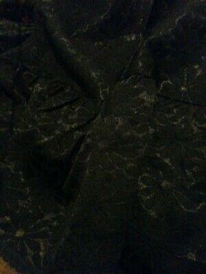 Black Flowery Lace Material • 2£