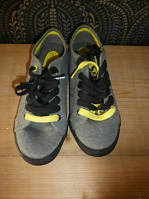 Voi Jeans Grey Plimsoll Pumps Uk 5 With Spare Yellow Laces  Excellent Condition • 6.50£