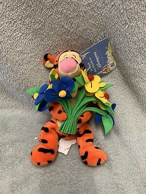 Disneyland Paris - Mothers Day Tigger Mini Bean Bag Soft Toy With Tags  • 9.99£