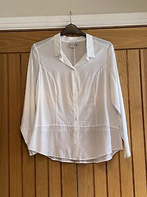 Miss Captain Trend White Blouse Size 16 • 5£