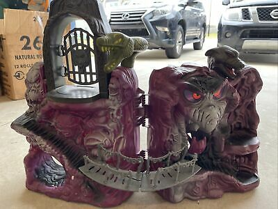 $71 • Buy He-man Masters Of The Universe Snake Mountain Playset