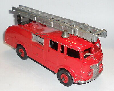 Dinky Toys - Fire Engine 1952-54 • 1.20£
