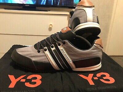 Y3 Sprint Trainers(size 9) • 11£