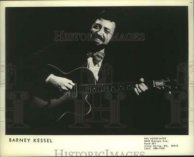 $ CDN24.25 • Buy 1978 Press Photo Musician Barney Kessel - Nop42997