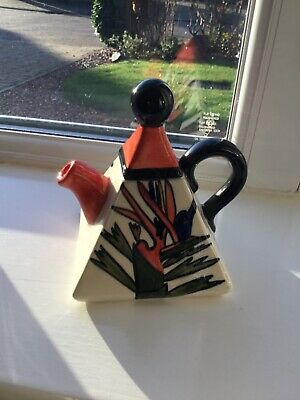 China Crown Devon Teapot Bird Of Paradise Hand Painted By Dorothy Ann • 38.99£