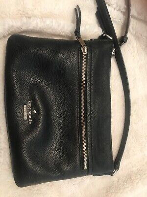 $ CDN50 • Buy Authentic Kate Spade Black And Gold Cross Body Purse. Excellent Condition.