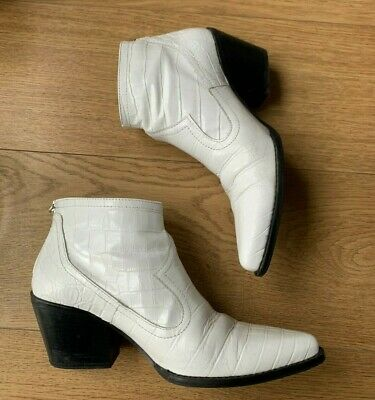 Zara Boots White Faux Croc Ankle Booties Size 39 UK6 • 10£