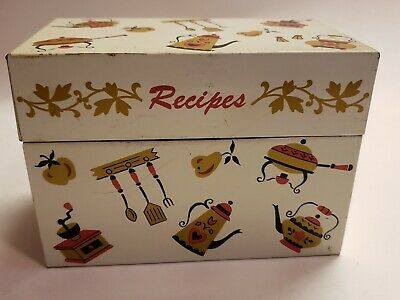 Old Fashioned Metal Recipe Box Made By Ohio Art With Recipes  • 8.06£