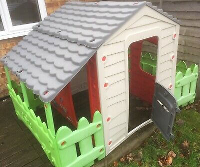 Chad Valley Farm Wendy House In Fair Condition • 7.16£