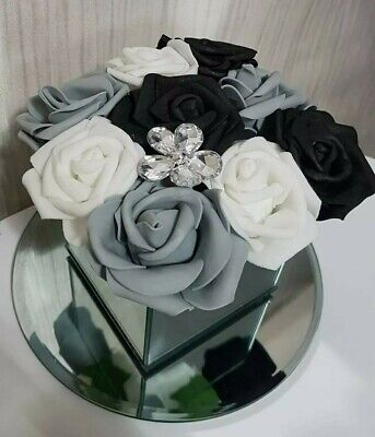 Artificial Grey/white FLOWERS IN MIRROR CUBE GLASS VASE Hat Box CENTREPIECE • 19.99£