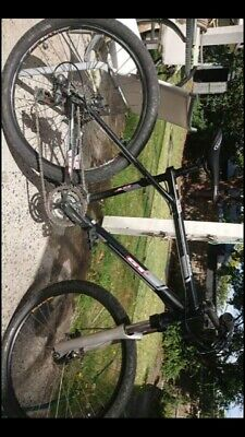 AU400 • Buy GT Avalanche 3.0 Mountain Bike LARGE