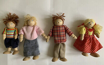 £12.99 • Buy Pintoy Wooden Dolls House Family Of Four