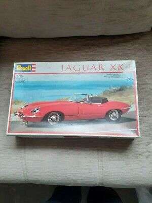 Revell Model Kits Cars • 12£