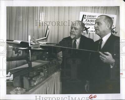 $ CDN24.25 • Buy 1964 Press Photo Pioneer Pilot Barney A. Rawson Revisits St. Petersburg