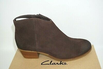 £36.99 • Buy Clarks 'mila Myth' Dark Brown Suede Zip Up Ankle Boots. D Fitting. Bnib