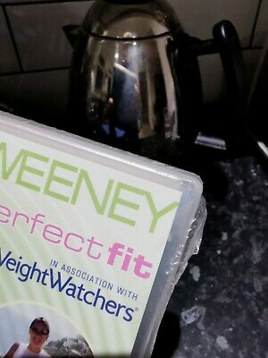 Claire Sweeney - Perfect Fit Dvd With Weight Watchers Recipe Book • 2£