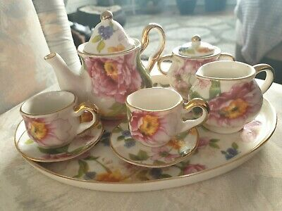 £25 • Buy Vintage Regal Bone China Collection TM 10 Piece  For Collector's