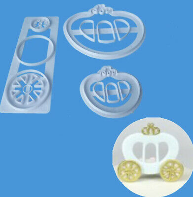 £3 • Buy Princess Carriage Cutter Set Of 2