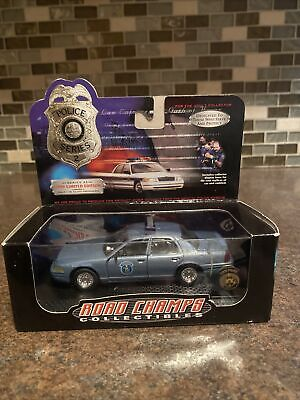 $19.99 • Buy Series 2 1:43 Road Champs Police Cars Crown Vic Maine State Police NIB