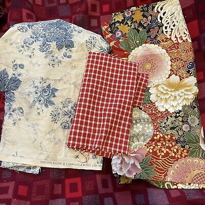 4x Pre Owned Cabbage & Roses, Vintage Fabric Craft Off Cut Remnants • 23£
