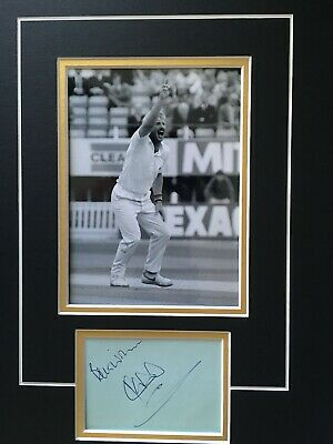 £35 • Buy Sir Ian Botham - Legendary English Cricketer - Excellent Signed Display