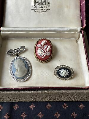 Small Job Lot Of Vintage Faux Cameo Brooches • 5£