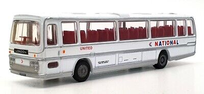 £16.99 • Buy EFE 1/76 Scale Diecast 15702DL - Deluxe Plaxton Coach - National Express