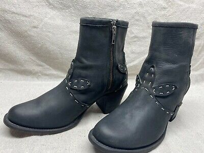 $32.99 • Buy Miss Macie Women's 9 M Black Leather Lace Design Zip Up Western Booties Boots