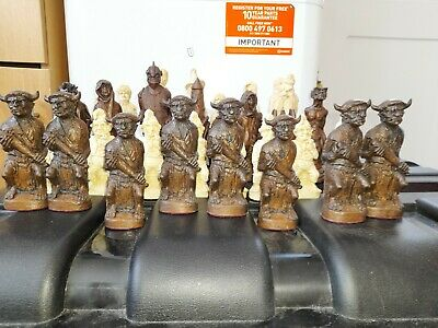 £75 • Buy Lord Of The Rings Two Towers Chess Set , No Board