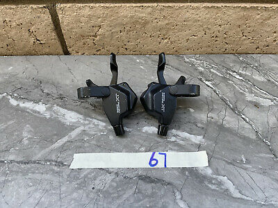 $100 • Buy Shimano Deore XT ST-M739 8 Speed STI Shifters In Great Condition