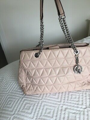 £29.50 • Buy Michael Kors Stunning  Baby Pink Supple Leather Quilted Bag With Chain Handles