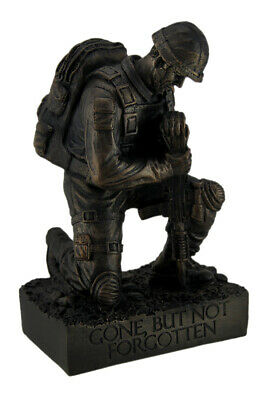$25.95 • Buy Zeckos Silent Salute Kneeling Military Soldier With Rifle In Ground Statue