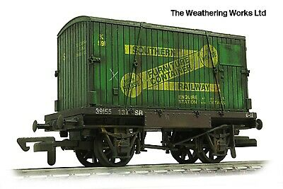 £24.99 • Buy Dapol BR Conflat Flat Wagon + Container Load *PRO WEATHERED LOOK