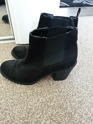 £6 • Buy Women's Heeled Boots Size 41