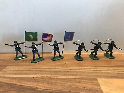 £4.99 • Buy Britains Toy Soldiers. ACW Union Officers And Flag Bearers To Lead Your Line.