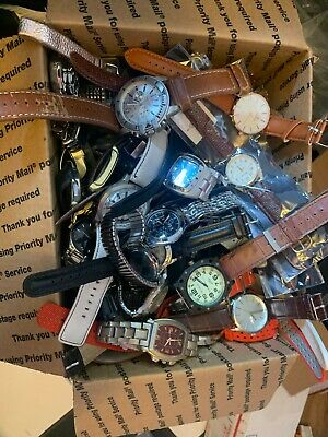 $ CDN13.07 • Buy Huge Lot 15 Pound Mens Analog  Leather And Metal Quartz Watches As-is #1