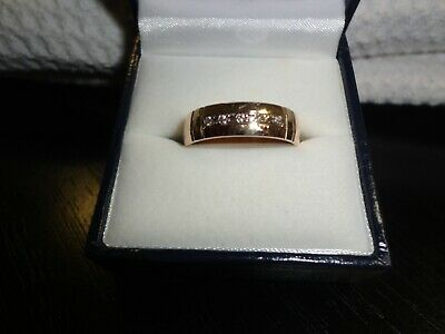 AU230 • Buy Gold Band 9ct With 5 Diamond - New
