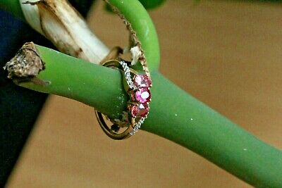 £35 • Buy 9ct Yellow Gold Pink Sapphire Three Stone With Diamond Accents Ring Q 2.3g